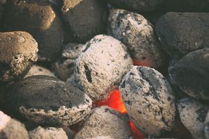smokeless-fuel-briquettes